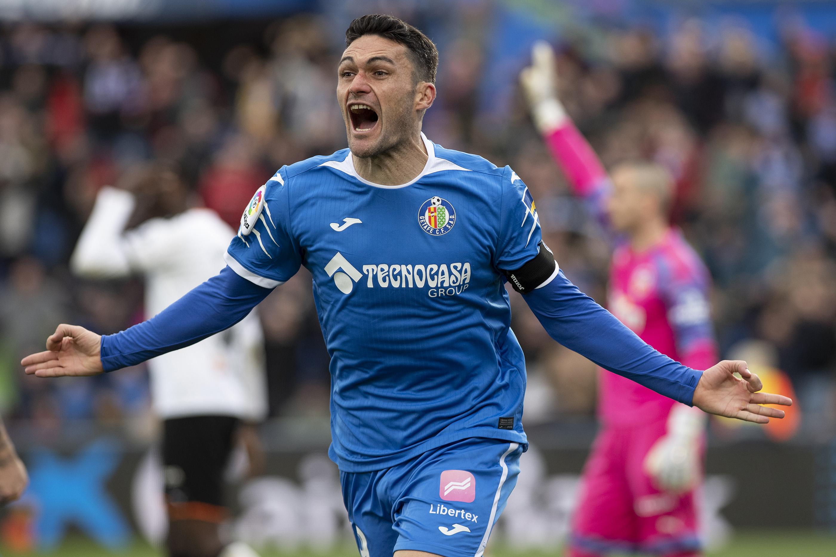 Jorge Molina powers Getafe up into third