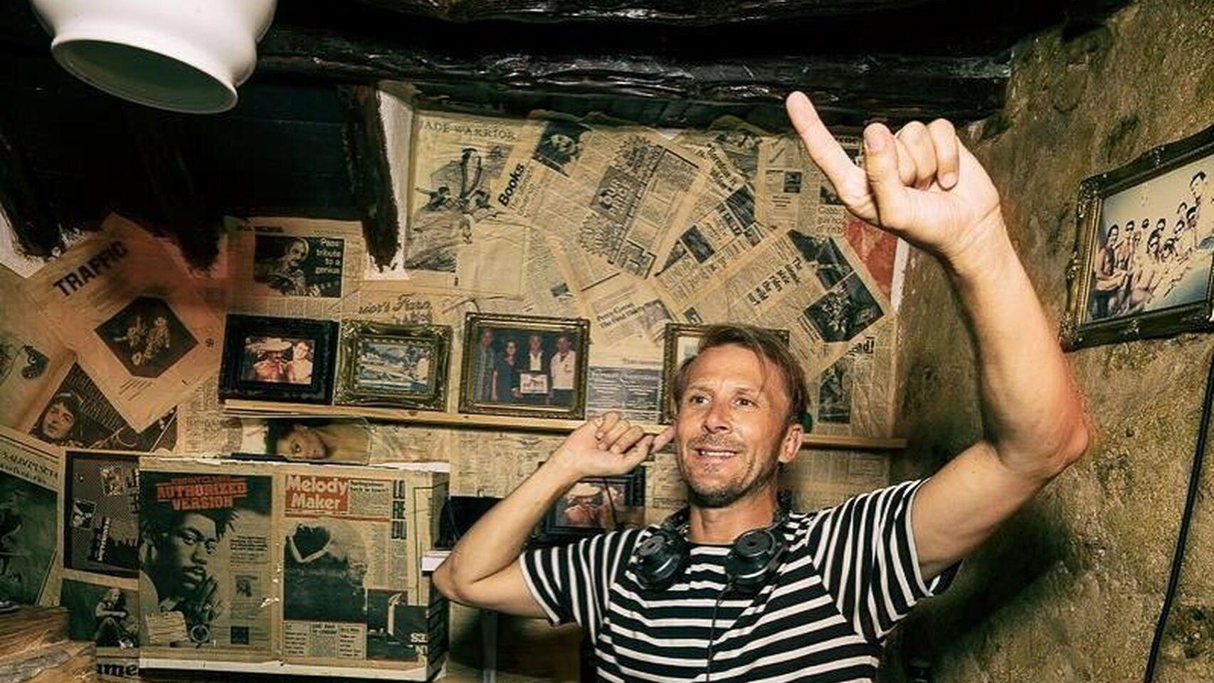 Valencia legend Gaizka Mendieta is now a keen DJ